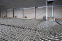 Ichtegem, industriehall met betonkernactivering. Realisatie geothermie door Geo-Thermics | Scheldimmo-groep.